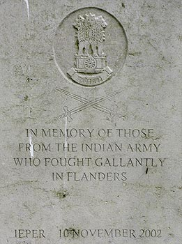 In memory of those from the indian army who fought fallantly in Falnders in 1914-1918  - © Norbert Pousseur
